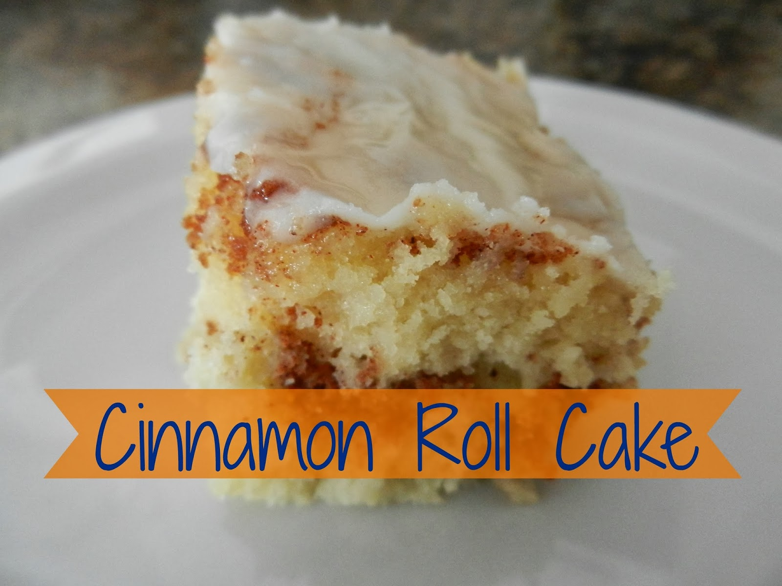 Delicious Cinnamon Roll Cake